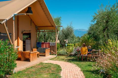 Weekend Glamping Resort - Safari Lodge
